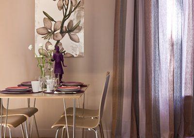 Un appartement vieillot devient une location meublée à Issy-Les Moulineaux - Buro2déco Aménagement et décoration - Espace dinatoire - 004