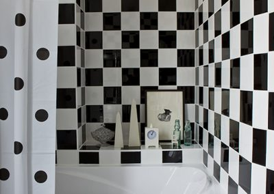 Un appartement vieillot devient une location meublée à Issy-Les Moulineaux - Buro2déco -Aménagement et décoration Salle de bains 10030017