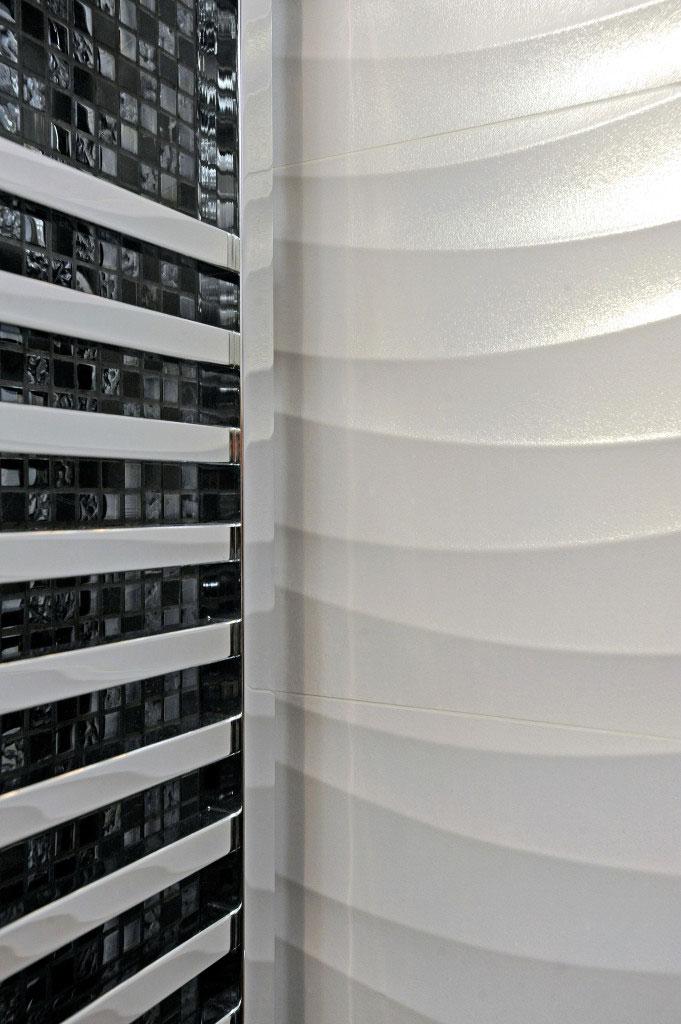 Salle de bains Black and white, Aménagement et décoration d'un appartement en duplex à Boulogne-Billancourt - Buro2Déco_18