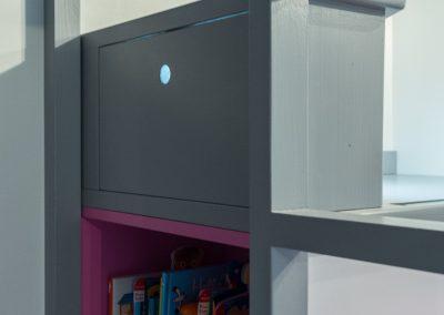 Un appartement familial en duplex aux couleurs Comics Arty,une mezzanine évolutive structure et optimise une chambre d'enfant  à Asnieres -sur-Seine / Buro2Deco  HomeInBox 71