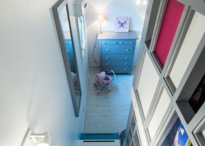 Un appartement familial en duplex aux couleurs Comics Arty, une mezzanine évolutive structure et optimise une chambre d'enfant  à Asnieres -sur-Seine / Buro2deco_HomeInBox_53